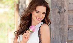 Η εξομολόγηση της Λασκαράκη: Με φοβίζει το ότι θα εκτεθώ μου προκαλεί τρόμο Actors, Long Hair Styles, Cyprus News, Beauty, Women, Fashion, Moda, Fashion Styles, Long Hairstyle