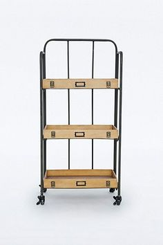 regal metall massivholz im industriedesign industrial design pinterest. Black Bedroom Furniture Sets. Home Design Ideas