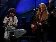 Willie Nelson and Shania Twain, Blue eyes crying in the rain