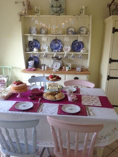 Shabby cream tea