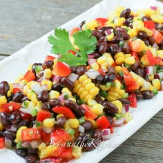This recipe for Santa Fe Salad is perfect for a side dish or lunch meal. Crisp colourful veggies and beans are tossed together with some serious flavour from Jalapeño peppers, lime, cilantro and cumin! Lunch Recipes, Vegetable Recipes, Mexican Food Recipes, Salad Recipes, Vegetarian Recipes, Cooking Recipes, Healthy Recipes, Santa Fe Salad, Keto