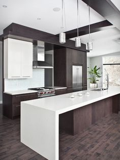 This modern look is the sort of feel I want the kitchen to be.