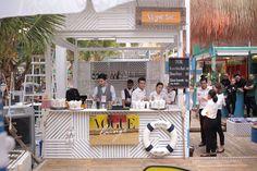 the vogue bar in A Fun Pop-Up Beach In A Bangkok Mall Bangkok, Pop Up Bar, Pop Up Market, Beach Bars, Summer Events, Shop Interiors, Booth Design, Beach Club, Shopping Mall