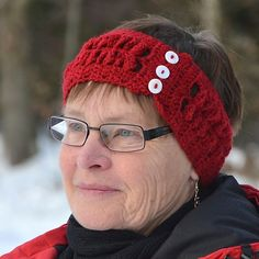 Ravelry: Headband in i pattern by Karin M Andersson Free Crochet, Knit Crochet, Crochet Hats, Crochet Headbands, Mitten Gloves, Mittens, Crochet Ideas, 3d Pattern, Tejidos