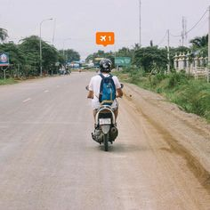 Throw back Tuesday when Miguel and me took two 125cc scooters and decided to explore around Battambang. It was my second time driving a motorbike. Can't wait to drive one again.  #Battambang #Cambodia #canon #adventure #outdoors #explore #motorbike #southeastasia #giddyfingers