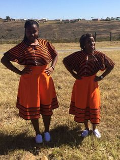 Xhosa fashion. Ama ntombi amahle Xhosa Attire, African Attire, African Dress, Traditional Wedding Dresses, Traditional Outfits, African Beauty, African Fashion, South African Weddings, Coconut Rice