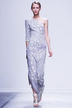Rahul Mishra Ready To Wear Spring Summer 2015 Paris - NOWFASHION