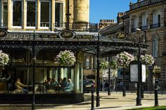 Bettys tea rooms and cafe at Parliament Street and Montpellier Parade