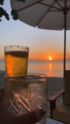 Alcohol Aesthetic, Sky Aesthetic, Aesthetic Videos, Aesthetic Food, Beautiful Beach Pictures, Emotional Photography, Sunrise Photography, Aesthetic Photography Nature, Beautiful Nature Scenes