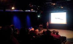 Op 10 april 2013 krijgt dr. Thijs Tromp het woord tijdens de 7e Sensoorlezing. Een inspirerende lezing over 'Levenskunst'. Veel mensen hebben op een bepaald moment in hun leven de behoefte om hun levensverhaal te vertellen of op te schrijven. Niet alleen ouderen doen dat, ook mensen die op een knooppunt van hun leven zijn aanbeland. Terugblikken op het geleefde leven kan ons helpen om de koers naar de toekomst te bepalen.