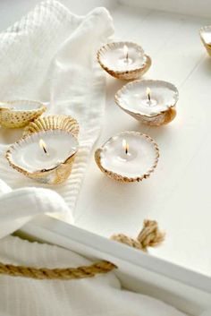 These seashell tealights that would make perfect stocking stuffers.
