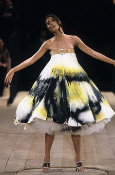 """alexander mcqueen s/s 1999 rtw, in shalom harlow's own words: """"It almost became this like aggressive sexual experience in some way. And I think that this moment really encapsulates, in a way, how Alexander related to—at least at this particular moment—related to creation. Is that all of creation? Is that the act of a human being being created, the sexual act? Is it the act of, you know, the Big Bang, if you will, that violence and that chaos and that surrender that takes place?"""""""