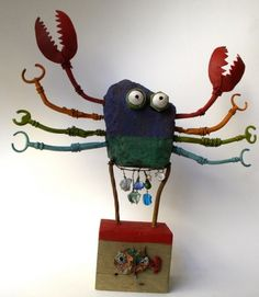 'Crabe' (2012) by French artist Gérard Collas. Upcycled sculpture. via the artist's site