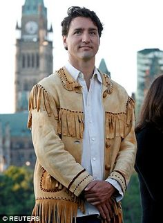Prime Minister Justin Trudeau stood side by side with the indigenous peoples of Canada to celebrate the 20th annual National Aboriginal Day