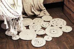rug, crochet DIY, cosy interior, wooden flor, natural materials
