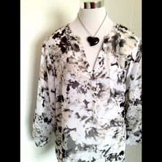 ⚡️BOGO FREE⚡️ Black & White Tunic 1x New with tags. Semi sheer. Flowy. Sleeves can button up to 3/4. Apt. 9 Tops Tunics