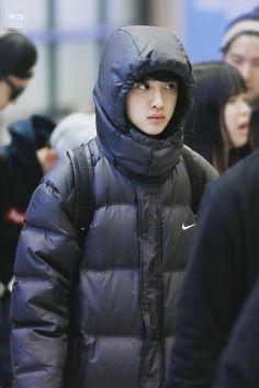 Afbeeldingsresultaat voor kyungsoo wearing all black