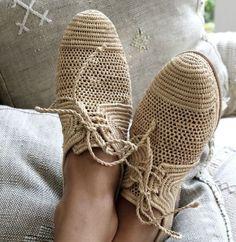 Ideias de como fazer peças de vestuário, calçado e carteiras