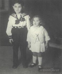 Icek was deported to Auschwitz in 1942.