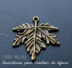 http://www.arbremagique.info/boutique/prod/pendentif-feuille-bronze-ref-07-6815,new.html