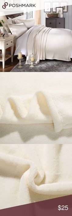 """Velvet plush blanket twin , White , Twin Twin size measures 66""""x90"""". It has great quality and superior softness. Machine wash on cold and air dry Other"""