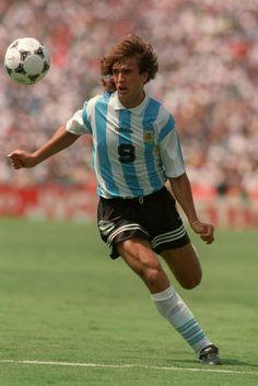 Gabriel Batistuta. Maestro del área fuerza, estilo y gol un delantero de otro planeta