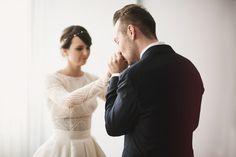 Vogue, Couple Photos, Couples, Wedding Dresses, Fashion, Couple Shots, Bride Dresses, Moda, Bridal Gowns