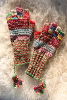 sweet, sweet mitts and... mini mitts... :)