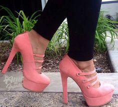 Zapatos de plataforma color coral con belcro triple