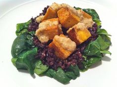 Coconut-Sautéed Spinach, Tofu and Wild Rice Salad with Creamy Onion Dressing | Made Just Right by Earth Balance vegan plantbased