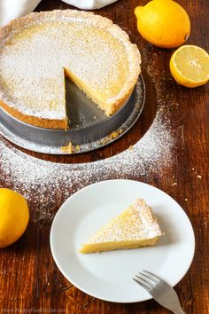 Simple Homemade Lemon Tart is a great citrus dessert made from scratch and using basic ingredients. It's a perfect baking project for kids as well. Easy to make desserts. Yummy Treats, Delicious Desserts, Sweet Treats, Yummy Food, Tart Recipes, Dessert Recipes, Pudding Recipes, Cooking Recipes, Easy Lemon Tart Recipe