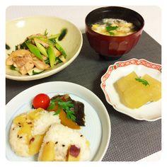 サツマイモおこわ、冷やし冬瓜煮、鶏もも肉のネギ醤油麹焼き、ナスの南蛮漬け、お吸物