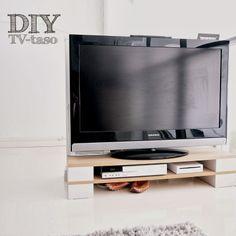 PROJEKTI VERKARANTA: DIY a TV stand with 4 white bricks and 2 MDF sheets. Very cheap about 4 euros.