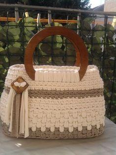 Gli intrecci di Tizzy  Diese und weitere Taschen auf www.designertaschen-shops.de entdecken