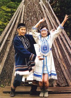 Evenki folkloric dancers