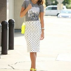 Loving the T-shirt pencil skirt look :) and neon I LOVE neon