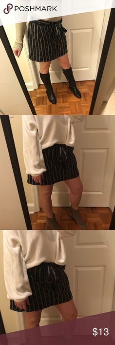 Black Striped Skirt With Tie Black Striped Skirt With Tie Old Navy Skirts