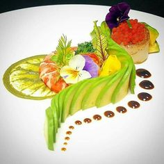 Avacado Salad with Smoked Fish and Caviar - Avocado salad with smoked fish and caviar – # avacado # caviar # smoked # fish - Gourmet Food Plating, Food Plating Techniques, Plate Presentation, Sushi Art, Sushi Food, Smoked Fish, Food Decoration, Culinary Arts, Creative Food