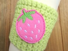 Check out this item in my Etsy shop https://www.etsy.com/listing/274611358/summer-strawberry-crochet-coffee-cozy