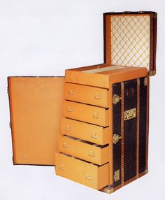 Goyard Trunk...Would love to have!
