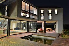 Emilio Eftychis: Lotheringen Modern Barn, South Africa