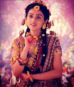 Image may contain: one or more people and people standing Radha Krishna Holi, Radha Krishna Pictures, Radha Rani, Krishna Photos, Radhe Krishna Wallpapers, Lord Krishna Wallpapers, Cute Krishna, Cute Girl Face, Most Beautiful Indian Actress