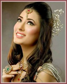Simple and Best Eid Hairstyles 2017 For Pakistani Girls