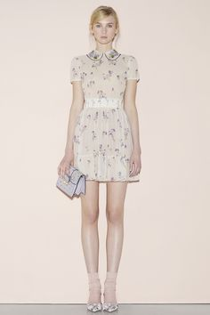 Red Valentino Spring 2016. Peter Pan collar. Waste band. Nude socks and pumps.