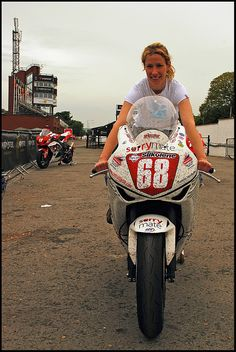 Jenny Tinmouth at the Isle of Man TT Tron Light Cycle, Biker Accessories, Learning To Drive, Automotive Art, Isle Of Man, Biker Style, Biker Girl, Racing, Motorcycles