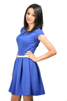 Яркое синее платье предаст вам воздушное настроение. Купить платье на inuzza.com