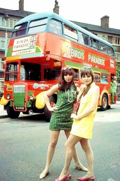 60s And 70s Fashion, Mod Fashion, Vintage Fashion, British Fashion, Young Fashion, Color Fashion, Fashion Stores, Gothic Fashion, Street Fashion