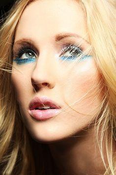 Blond hair - Blue liner