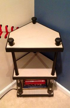 Wood Baseball Bat Nightstand/Corner/Side Table by TwoCraftyBirdies, Perfect for a little boy's baseball themed room! If Coleman ever decides he wants a baseball room! Baseball Plate, Baseball Mom, Baseball Stuff, Baseball Crafts, Baseball Season, Baseball Room Decor, Baseball Nursery, Softball Stuff, Boys Baseball Bedroom