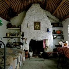 Irish cabin ... Glencolmcille, Co. Donegal, Ireland